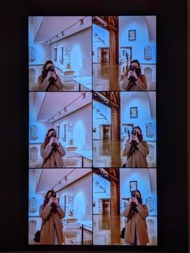 Lindsay Muhollen visiting an art musem in December of 2020